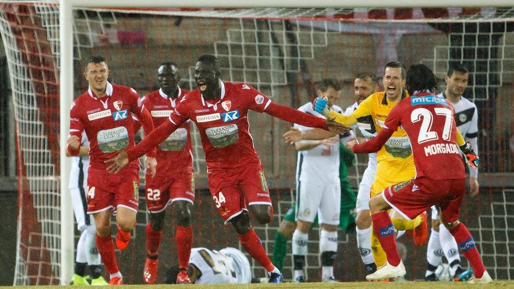 Birama Ndoye clame sa joie après avoir égalisé dans la dernière minute du temps additionnel contre Lugano.