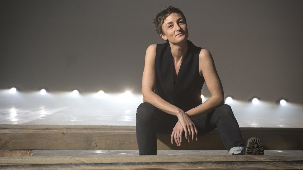 Sion - 17 janvier 2017  Ferme Asile performance de Julie Beauvais Excuse Me While I Kiss The Sky, dans le cadre du Oh!Festival.  Sabine Papilloud/Le Nouvelliste