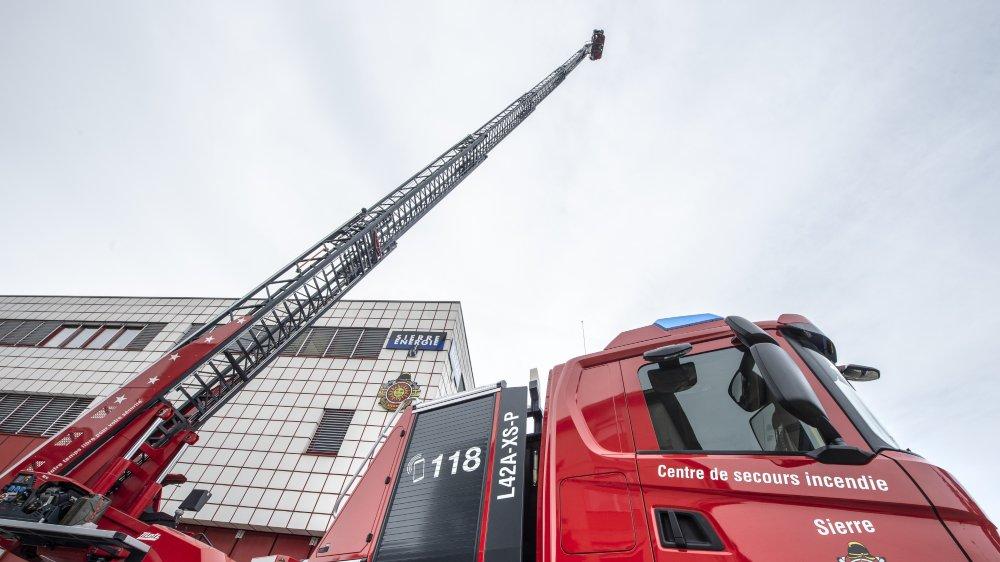 Le nouveau camion peut atteindre 42 mètres de haut.