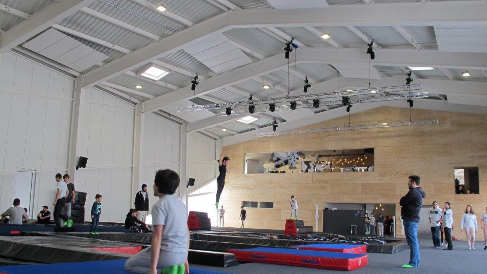 Dix jours seulement après son ouverture, la salle de sport Alaïa doit déjà restreindre ses entrées.