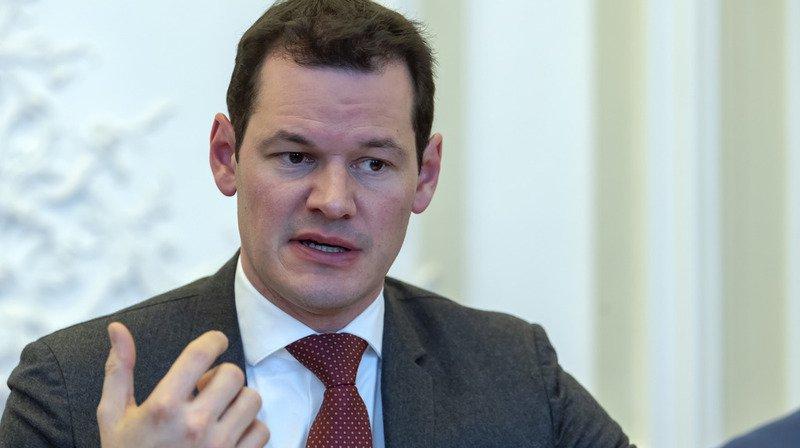 Affaire Maudet: le Grand Conseil genevois demande la démission du conseiller d'Etat
