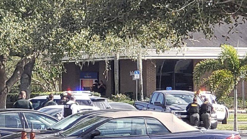 Fusillade meurtrière dans une banque en Floride