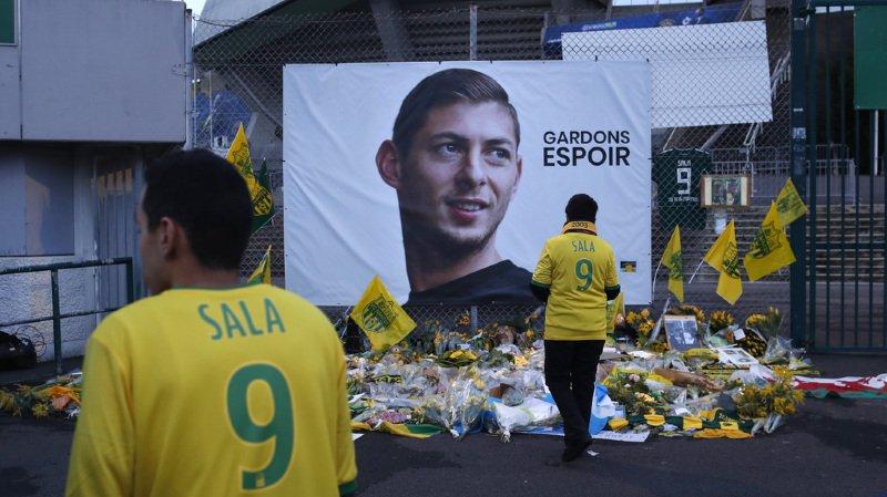 Le FC Nantes a définitivement retiré le numéro 9 de Sala.