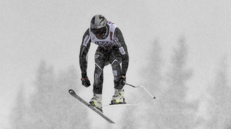 Dans des conditions difficiles, le Norvégien Aksel Lund Svindal a décroché la médaille d'argent de la descente des Mondiaux d'Are pour la dernière course de sa carrière. Son compatriote Kjetil Jansrud a remporté l'or.