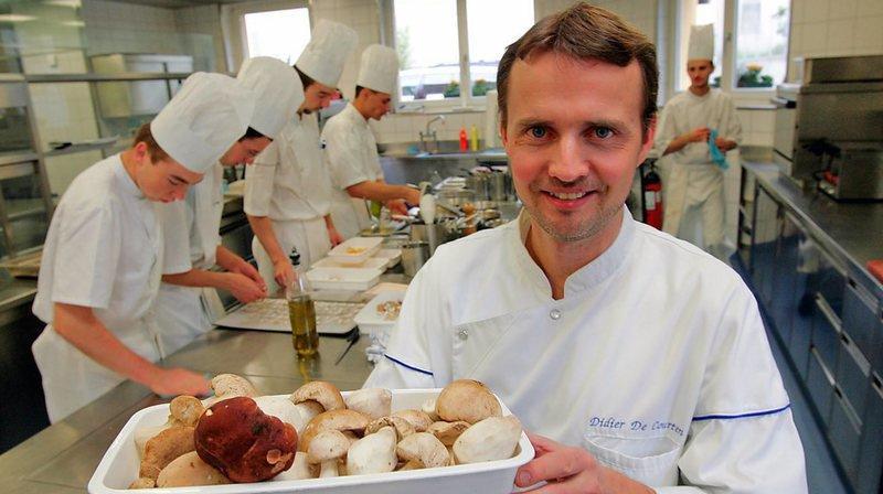 Didier de Courten, restaurant Le Terminus à Sierre, demeure le seul 2 macarons Michelin du Valais.