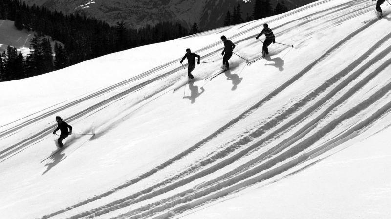 Les sports d'hiver dans les années 60-70 à la Médiathèque Valais - Martigny.