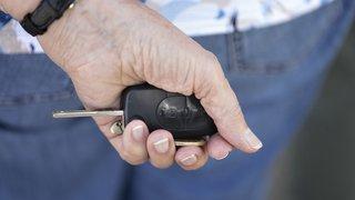 Prêt d'argent: les Suisses s'endettent principalement pour acheter une voiture