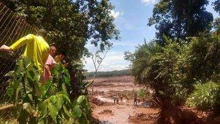 Brésil: la rupture d'un barrage minier fait de nombreux morts