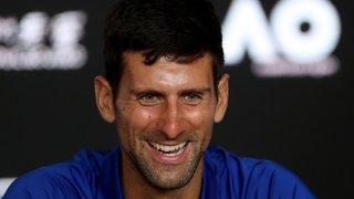 Tennis: Djokovic imite l'accent d'un journaliste italien et déclenche l'hilarité générale