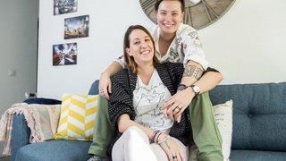 """Série """"Le Valais amoureux"""": Cindy et Virginie, des couloirs du job à l'étincelle"""