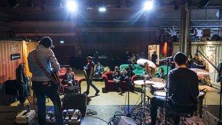 Le Port Franc montre l'envers d'un club de rock