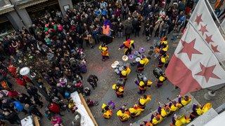 Pourquoi la majorité des carnavals valaisans font la grimace