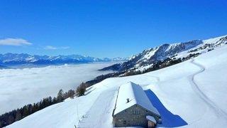 «Le Valais depuis les airs»: balade au-dessus du domaine skiable de Crans-Montana