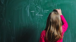 Valais: les élèves ne porteront pas l'uniforme à l'école