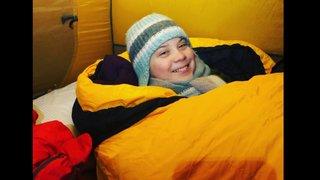Davos: la jeune Greta Thunberg passe la nuit sous tente par -18°C