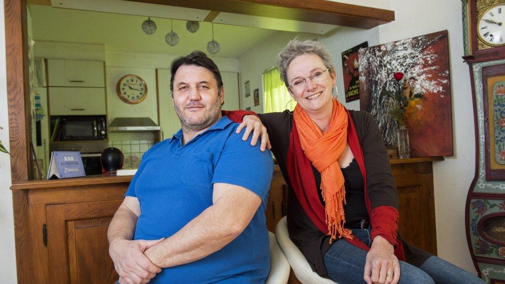 """Jérôme Guérin (PLR) et Valérie Bressoud Guérin (PDC+) sont mariés depuis 20 ans. Ils ne feront rien de spécial pour la Saint-Valentin, qu'ils """"fêtent tous les jours""""."""