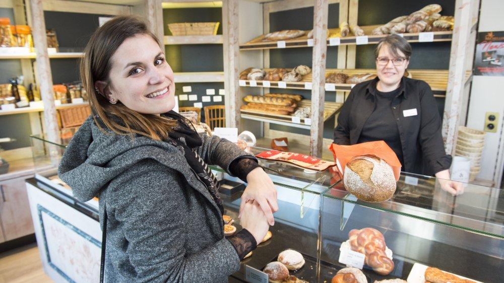 Lauren Vouillamoz, nouvelle arrivante à Monthey, se sent bien dans sa nouvelle ville où elle apprécie notamment «le sourire de la boulangère».