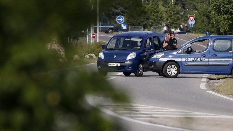 France: poursuivis par la police, deux jeunes se tuent en scooter