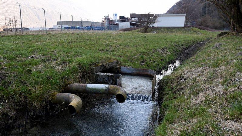 A l'assainissement du canal de la Balmaz vient s'ajouter celui d'une ancienne décharge.
