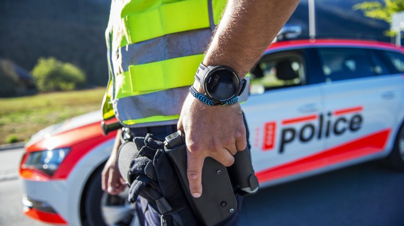 La police valaisanne va se rendre très visible durant la période de carnaval.