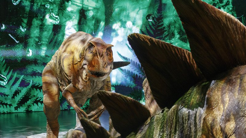Paléontologie: les dinosaures ont été tués par l'action conjointe d'un astéroïde géant et des volcans