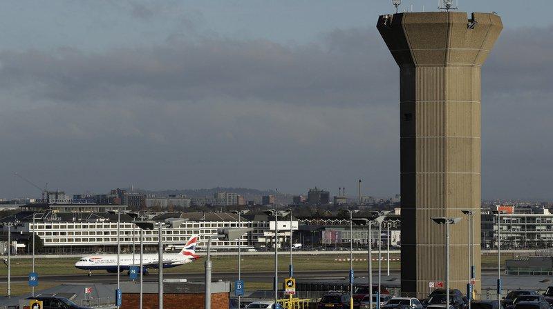 Royaume-Uni: drones interdits dans une zone de 5km autour des aéroports