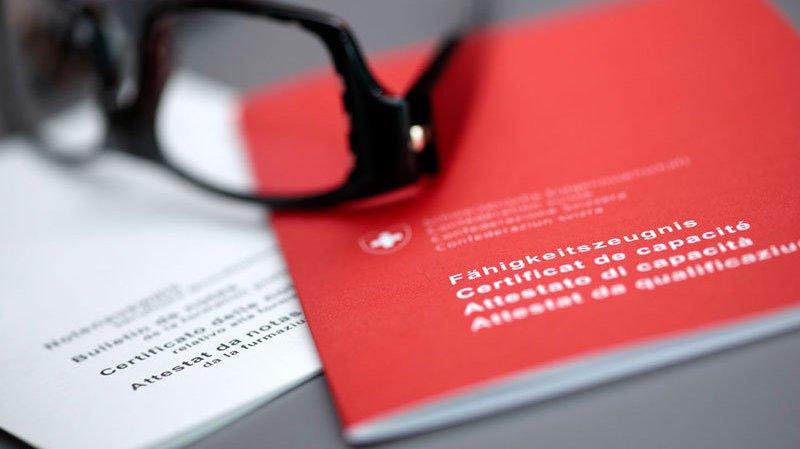 Des sites étrangers proposent d'imprimer un faux CFC.