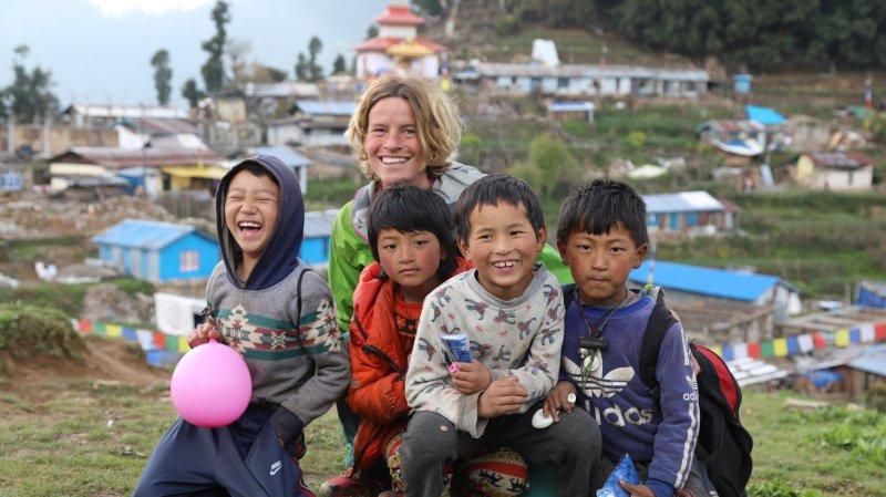 Karine Moix est allée à la rencontre de la population, comme ici dans la région de Sindulpachok.