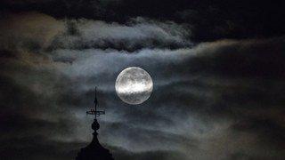 Astronomie: ouvrez vos mirettes, une super Lune est attendue dans le ciel ce mardi soir