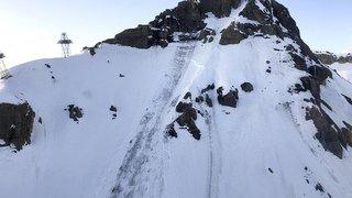 """Crans-Montana: une énorme avalanche s'est produite sur la piste """"Kandahar"""" à 2500 mètres d'altitude"""
