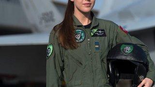 Première femme pilote de chasse