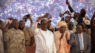 Macky Sall favori face  à une opposition décimée