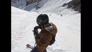 Décryptage: ce que nous apprennent les images amateurs de l'avalanche de Crans-Montana