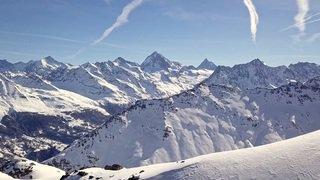 «Le Valais depuis les airs»: balade au-dessus de l'espace Dent-Blanche, Evolène, Arolla, La Forclaz