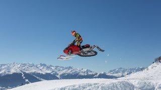Anzère, le Snowcross, paradis des motoneiges