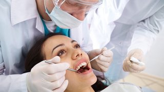 Le Valais veut faciliter l'accès aux soins dentaires sans forcément passer par le vote populaire