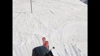 Avalanche de Crans-Montana: un skieur a filmé l'arrivée de la coulée sur la piste de la Plaine Morte