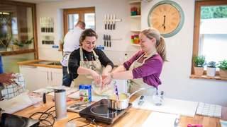 Depuis Verbier, on peut parcourir le monde avec des recettes de cuisine