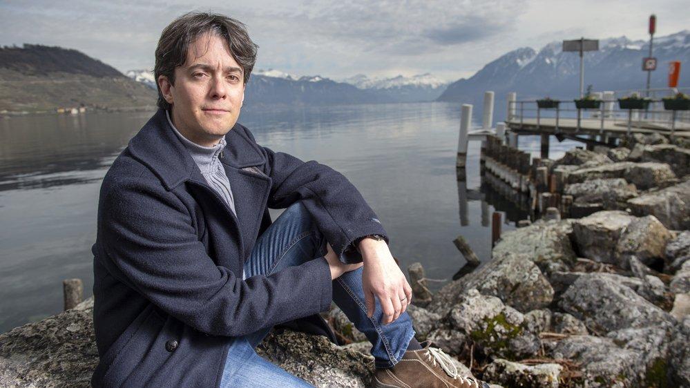 Jean Christophe Schwaab travaille aujourd'hui à 30% comme municipal de sa commune au bord du lac Léman. Il se dit aussi plus serein.
