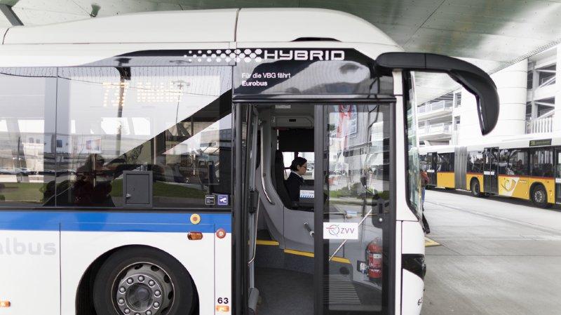 Le Conseil fédéral va étudier le remplacement des bus diesel par des véhicules moins polluants