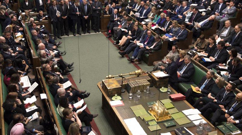 Les députés britanniques rejettent un Brexit sans accord