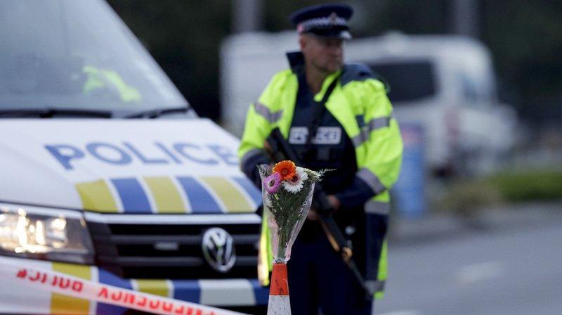Tuerie En Nouvelle-Zélande: En Attendant Les