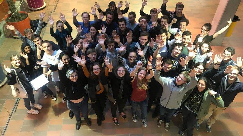 Empreinte carbone: des étudiants sédunois demandent des échanges linguistiques en Angleterre plutôt qu'en Australie