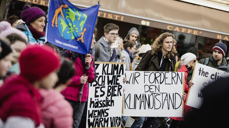 Climat: Brigue, Zermatt et Martigny ont aussi manifesté