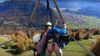 Interlaken: le moniteur d'aile delta qui avait oublié d'attacher son passager perd sa licence