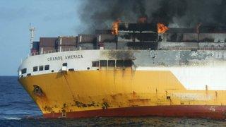 Crainte de marée noire après un naufrage dans l'Atlantique