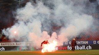 Football: la ministre des sports condamne les actes des fans des Grasshoppers