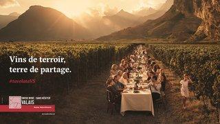 La nouvelle campagne des Vins du Valais marie le terroir, le partage et l'art