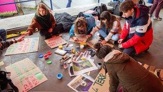Valais: deux heures de colle pour les étudiants grévistes du climat