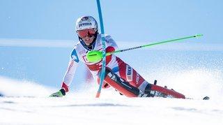 Ski alpin: une déchirure ligamentaire au genou droit met un terme à l'année de Camille Rast